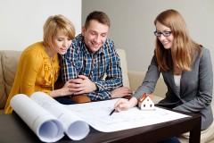 a home design consultant