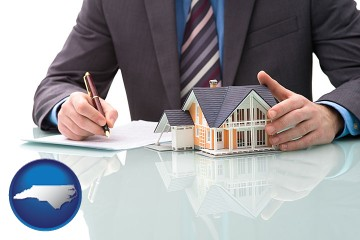 a real estate mortgage broker with North Carolina map icon