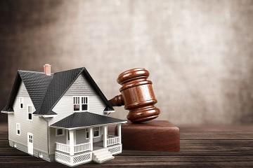 a real estate auction