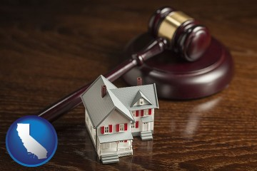 a model house and a gavel with California map icon