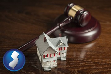 a model house and a gavel with New Jersey map icon