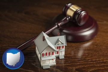 a model house and a gavel with Ohio map icon