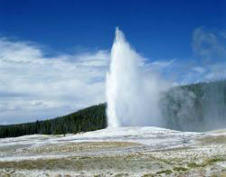 old faithful geyser wyoming